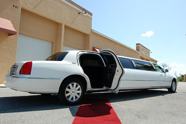 lincoln-stretch-limo Scottsdale